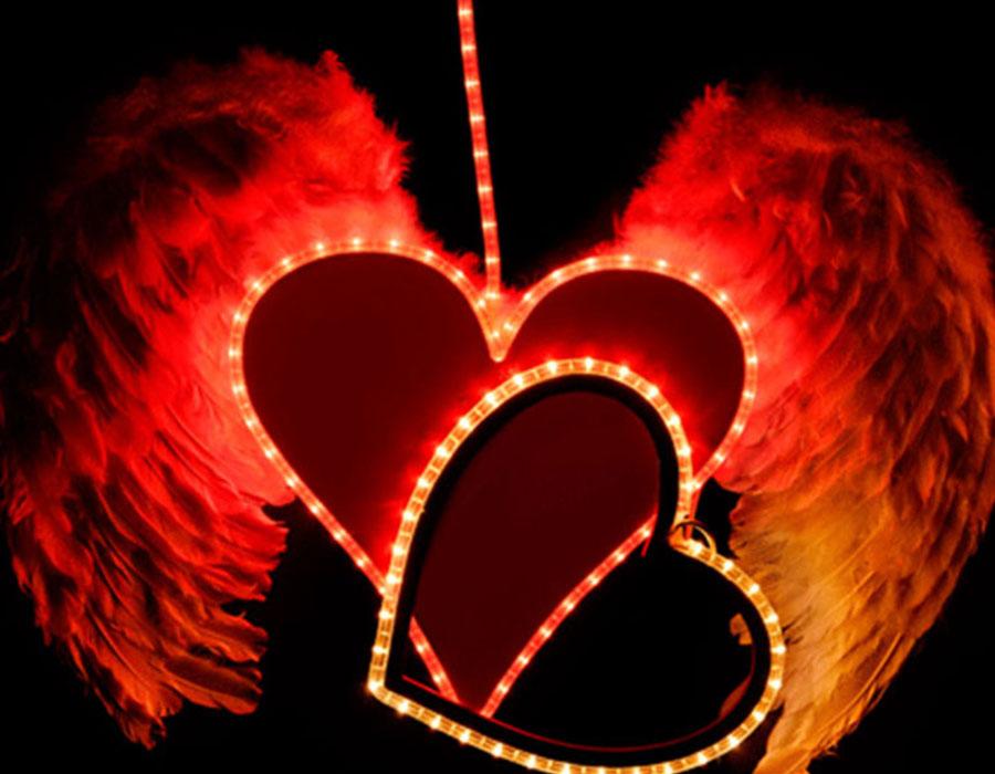Sevgililer Günü Işıklı Süsleme