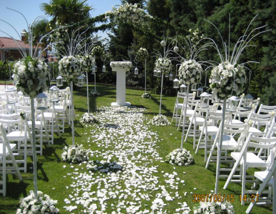 Düğün Organizasyon, Oldukça yorucu bir sürecin içerisinde kendini bulan çiftler birde düğün organizasyon işleriyle uğraşmak istemez. İşte bu aşamada karşınıza Akgül Davet Organizasyon Firması Karşılasın. En Deneyimli Organizatörlerle Hayalindeki Düğünü Anlat, ücretsiz danışmanlarımız isteklerine uygun organizasyon firması olarak hizmetleri sunuyoruz iletişime geçirsin!
